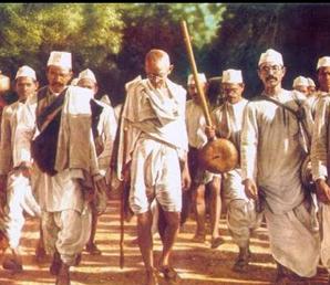 Adalet ve Eşitlik… İki başına Yürümek… Ardımıza Dönmeyeceğiz.